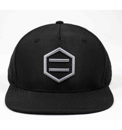 DOLLY NOIRE fored black snapback